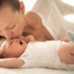 În vizită la mamă și bebe: ce e bine să faci și ce nu?